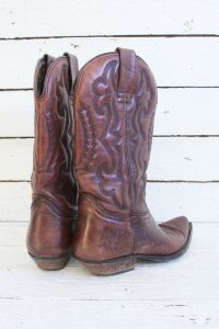 vintage country boots