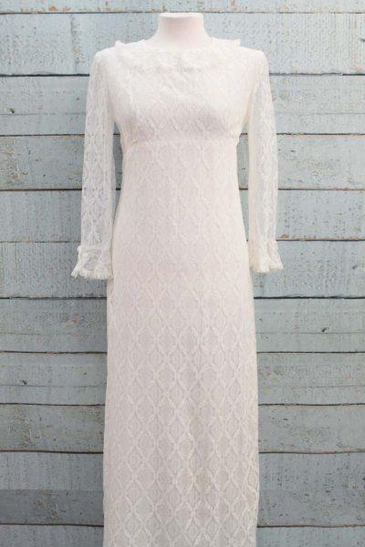 Kanten vintage jurk met kraagje.